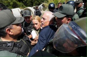 Former president Andres Pastrana with Lilian Tintori, wife of jailed Venezuelan opposition leader Leopoldo Lopez.